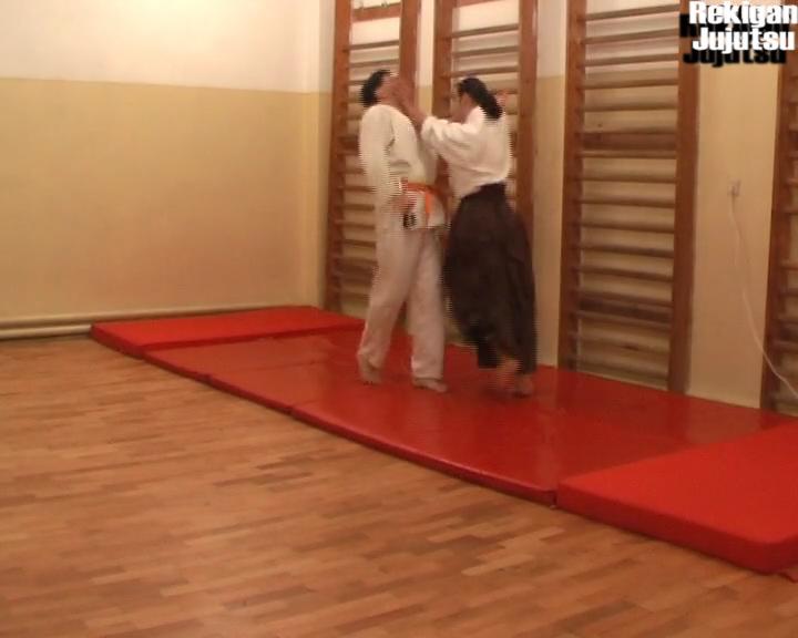 IK_12a42_Irimi_Tsuki